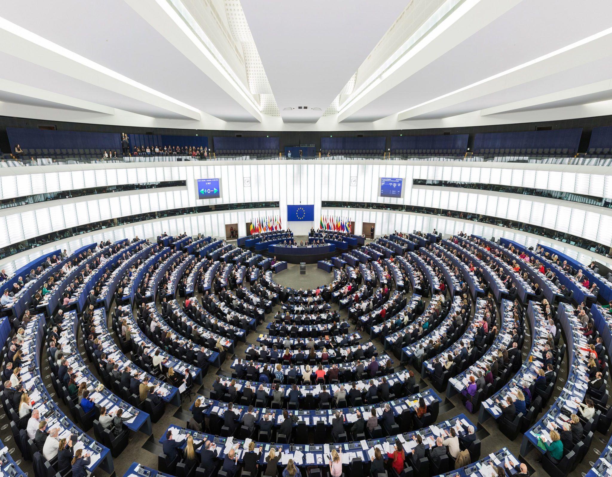 Şok karar Avrupa Parlamentosu Türkiye ile müzakereleri geçici olarak dondurdu